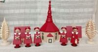 赤い聖歌隊と教会 (800x428).jpg